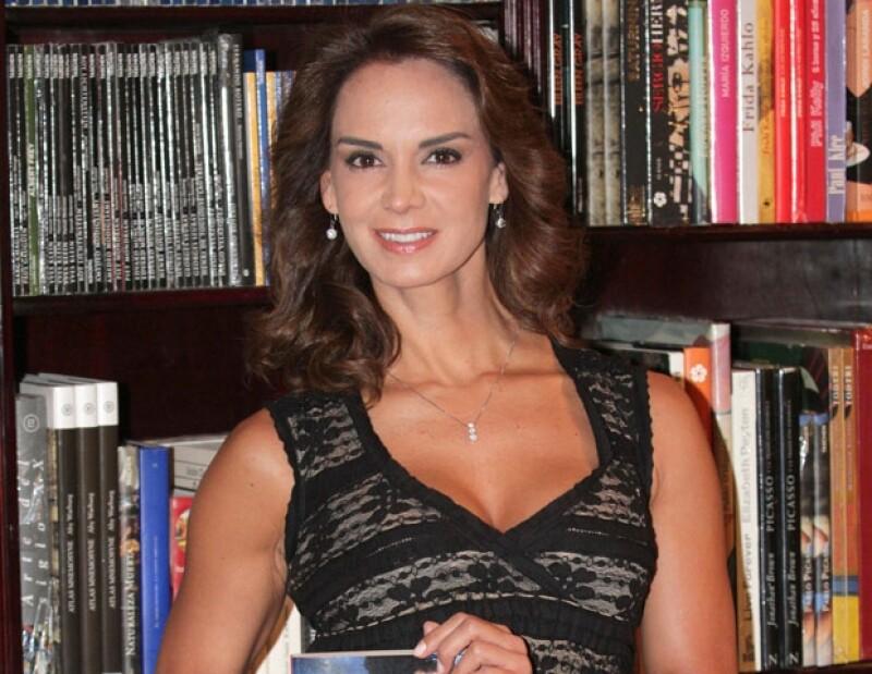La directora de Nuestra Belleza México considera que la postura en México debe ser la que indiquen los directivos del certamen.