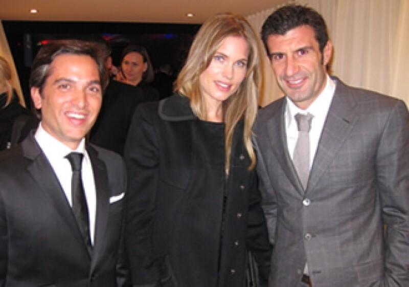 Maxime Ferte, director regional de IWC para Asia Pacífico, el futbolista Luis Figo y su esposa, la modelo Helen Svedin. (Foto: Alejandro Estrada)