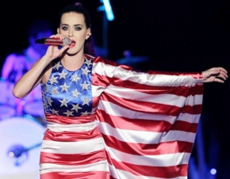 Este año el encargado de conducir los premios MTV Movie Awards es justamente el ex esposo de la cantante, por ello, la estadounidense no acudirá a la gala.