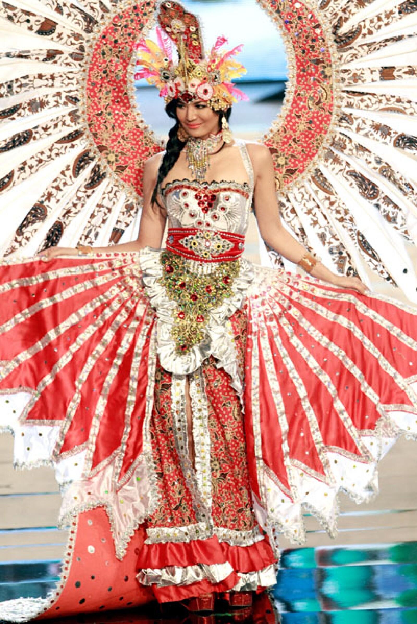 Miss Indonesia, Maria Selena