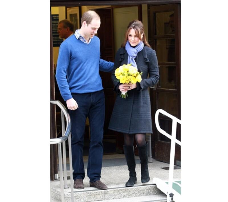 El día que Kate abandonó el hospital, luego de que la noticia de su embarazo se hiciera oficial por el palacio de St. James.