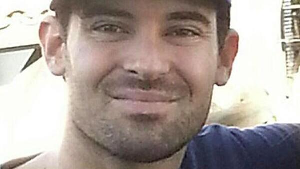 Después de estar dos semanas desaparecido, la policía informó a la familia que lo habían encontrado sin vida, la actriz lo confirmó.