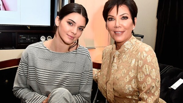 Kendall Jenner está dispuesta a desvincularse de su familia, por eso pretende pedir a su madre Kris Jenner que deje de ser su mánager.