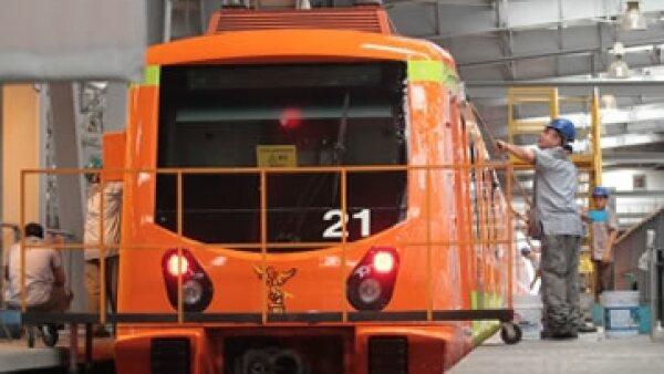 El Metro emitirá 100,000 ejemplares de la tarjeta conmemorativa de Octavio Paz. (Foto: Notimex)