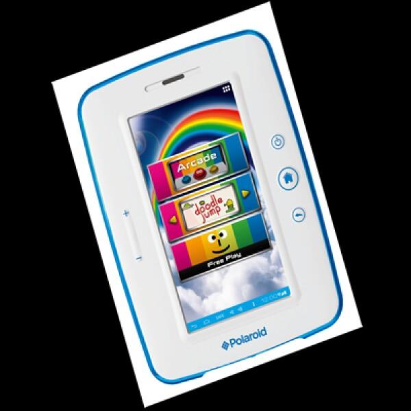 """Esta tableta Polaroid 7.0 Kids Tablet tiene pantalla de 7"""" con apps para niños, como KidsCam. Tiene sistema operativo Android 4.0, control parental y aplicaciones de libros interactivos. Precio: 150 dólares."""