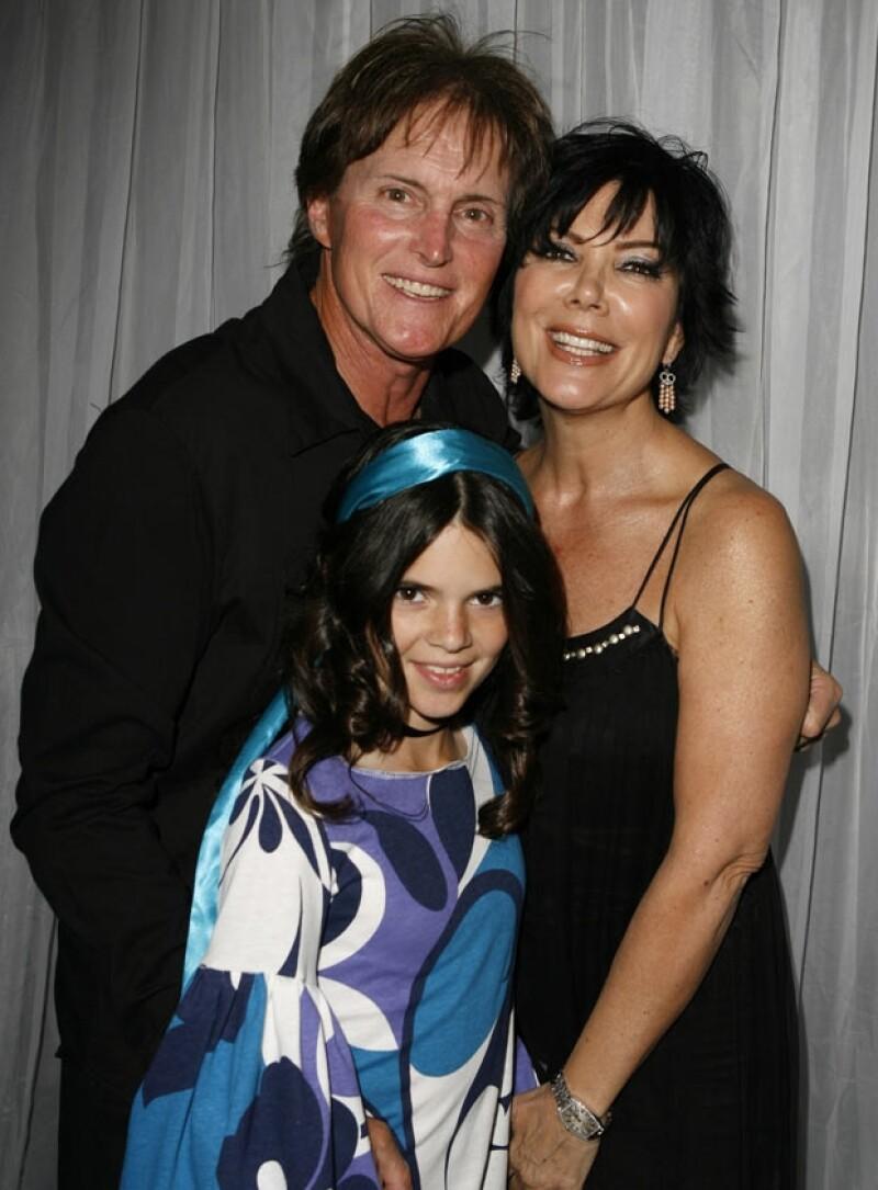 Kendall en 2007 acompañada por sus padres Bruce y Kris Jenner.