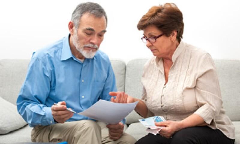 Los recortes en las pensiones podrían ser del 23% en julio próximo. (Foto: Shutterstock )