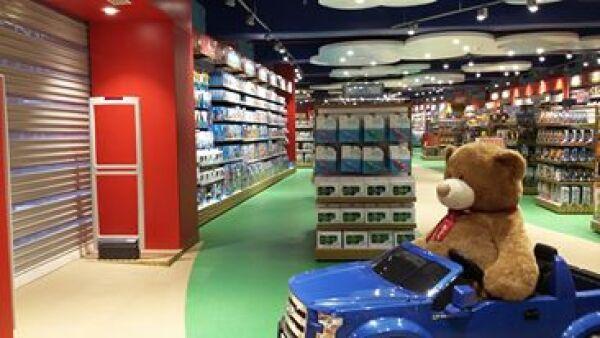 El grupo abrió su primera sucursal de Hamleys en plaza Antara y planea abrir más de siete tiendas en tres años.