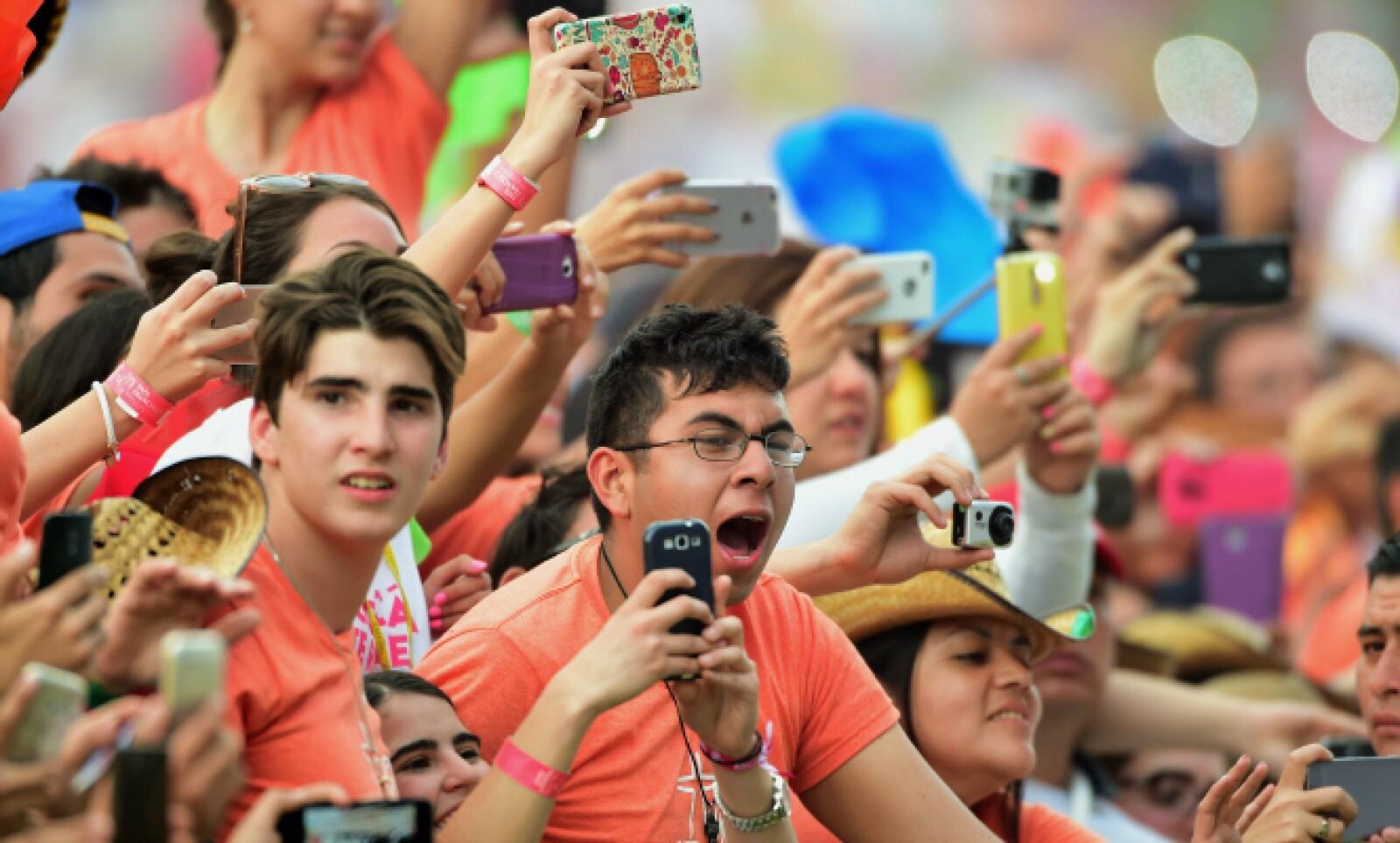 Miles de personas se reunieron en el Estadio Morelos para escuchar las palabras del jerarca católico.