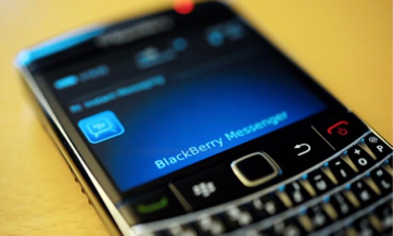 Telcel insistió que no tuvo relación con las fallas presentadas en las BlackBerry. (Foto: AP)