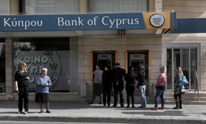 El BCE dio a Chipre hasta el lunes para llegar a un acuerdo sobre un rescate o enfrentarse a perder los fondos de emergencia para sus bancos.  (Foto: Reuters)