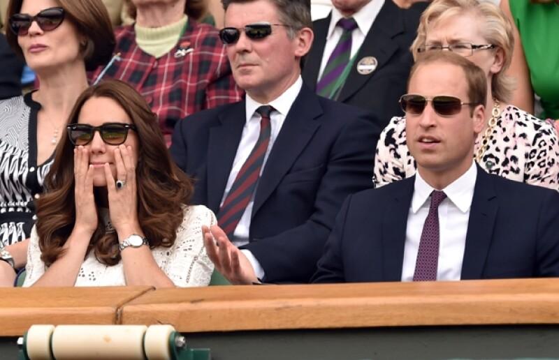 El partido mantuvo al borde de sus asientos tanto a Kate como a Guillermo.