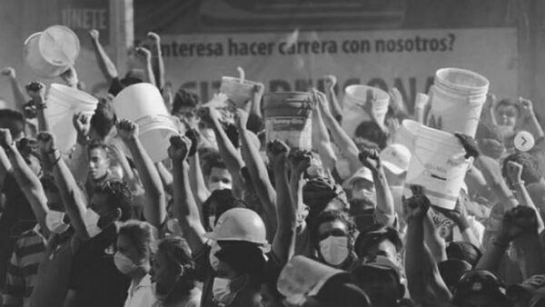 Mexicanos unidos tras sismo