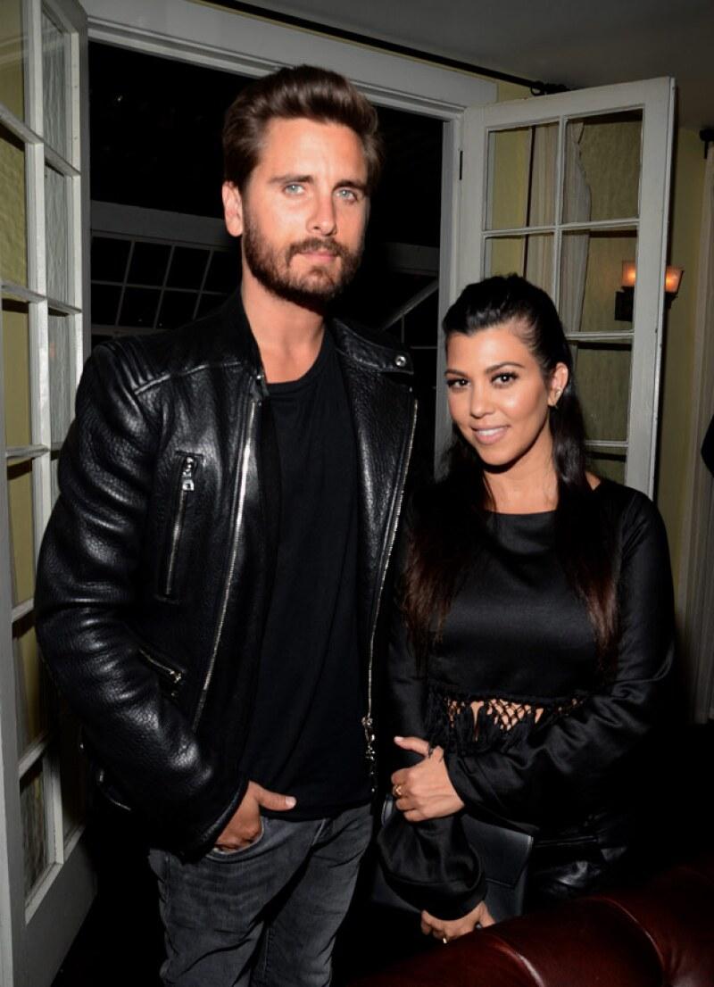 Aseguran que Kourtney Kardashian ha roto su relación de nueve años con Scott Disick.