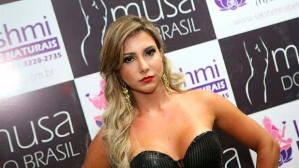Raquel Santos, finalista del certamen Musa de Brasil, falleció en un intento por corregir las arrugas de su cara.