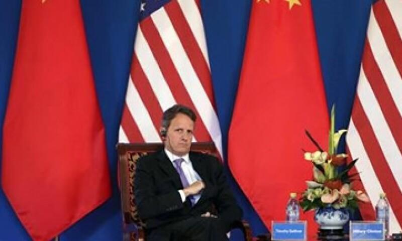 El secretario del Tesoro estadounidense, Timothy Geithner, se quejó de que el yuan devaluado era una fuente de competencia injusta. (Foto: Reuters)