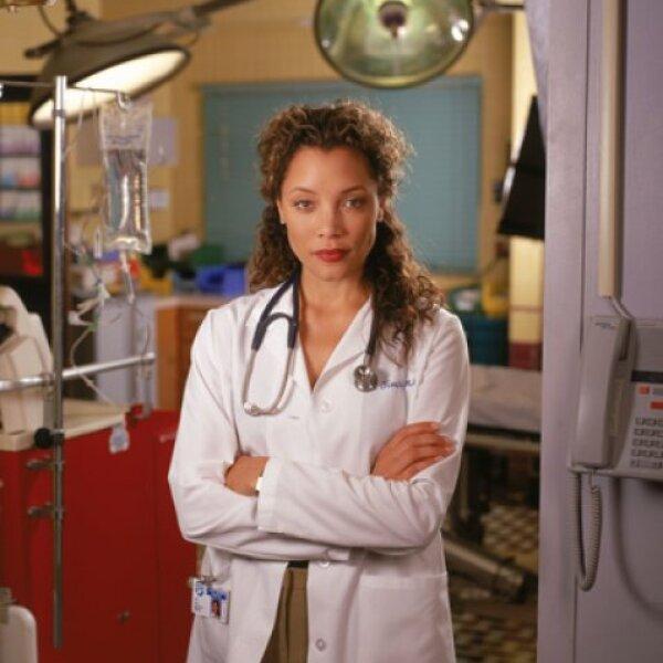 Michael Michele  personificó a la Dra. Cleo Finch en 55 episodios de la serie, comenzó su participación en 1999 y terminó en 2002.