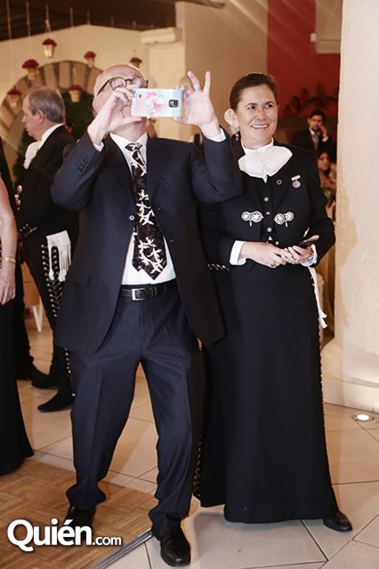 Arturo Mendoza y Amelie Olaiz