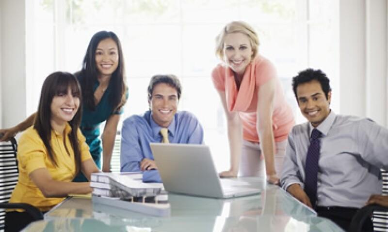 Si tienes poco tiempo para reclutar con diversidad, las empresas de tercerización pueden apoyarte. (Foto: Thinkstock)