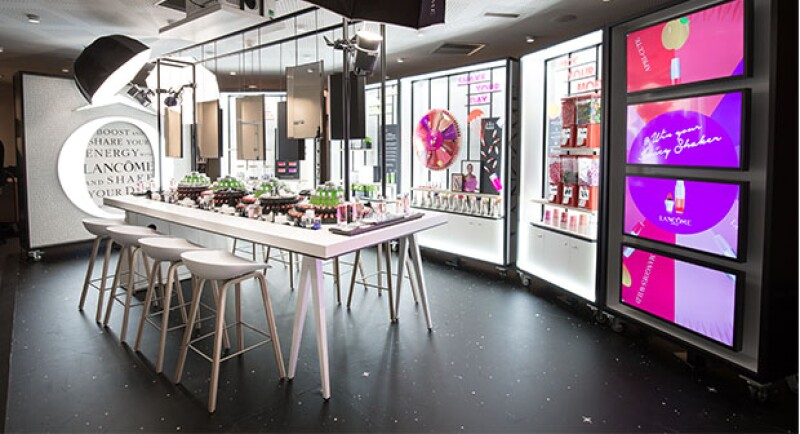 La tienda contará con colors, pantallas y todo tipo de tecnología, para la generación Y.