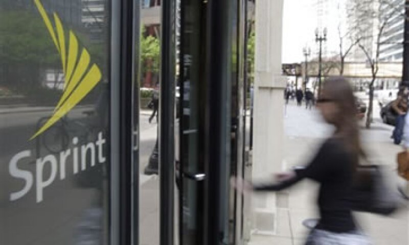 Hasta fines de marzo, 5.4 millones de clientes permanecían en la red de Nextel. (Foto: AP)