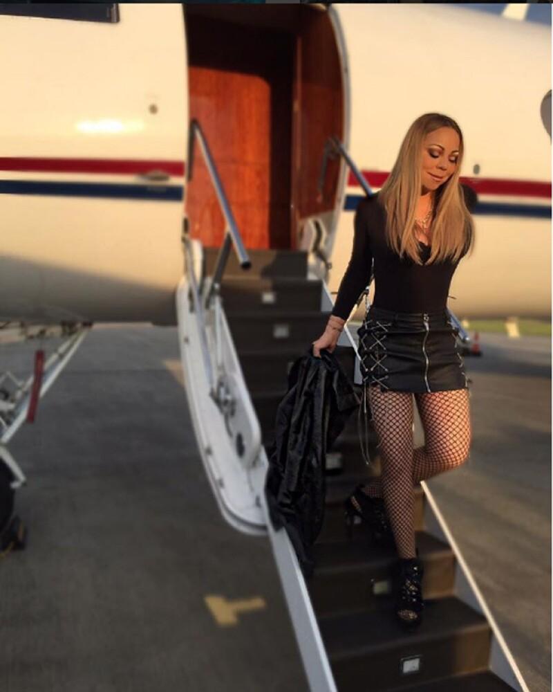 Esta es la foto con la que Mariah muestra su exagerado photoshop.