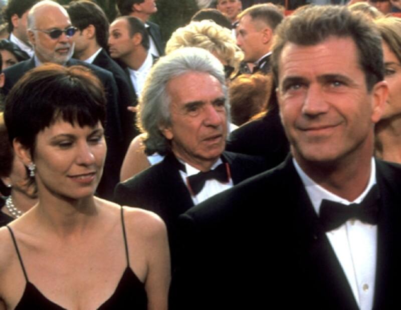 El actor, ganador del Oscar por Corazón Valiente, finalmente habría pactado su divorcio de Robyn Moore.