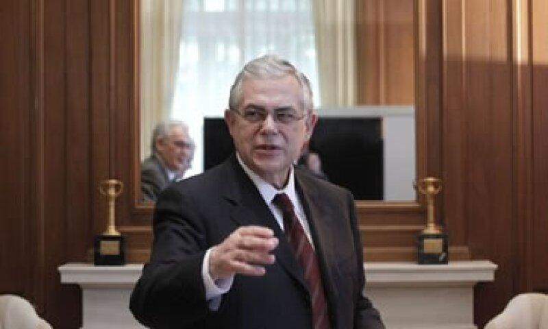 El primer ministro, Lucas Papademos, dijo que Grecia no volverá a una recuperación sustentable sin tener de vuelta la competitividad perdida. (Foto: Reuters)