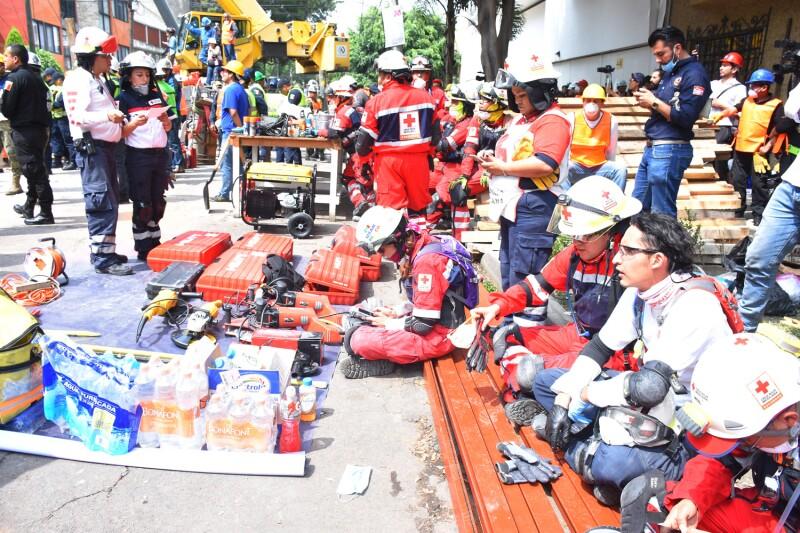Cruz Roja durante el sismo del 19 de septiembre de 2017 en la CDMX