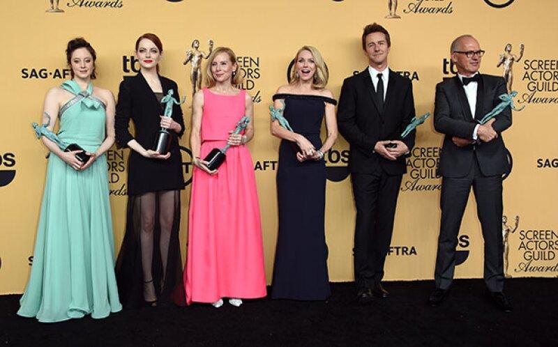 """La cinta del director mexicano Alejandro González Iñárritu se llevó el premio """"Mejor Reparto de Película"""", la presea más importante de la noche."""