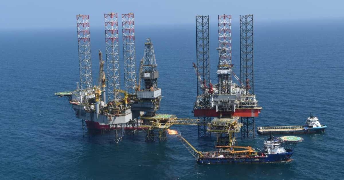 Pemex restablece la producción tras la explosión de una de las plataformas de Ku Maloob Zap