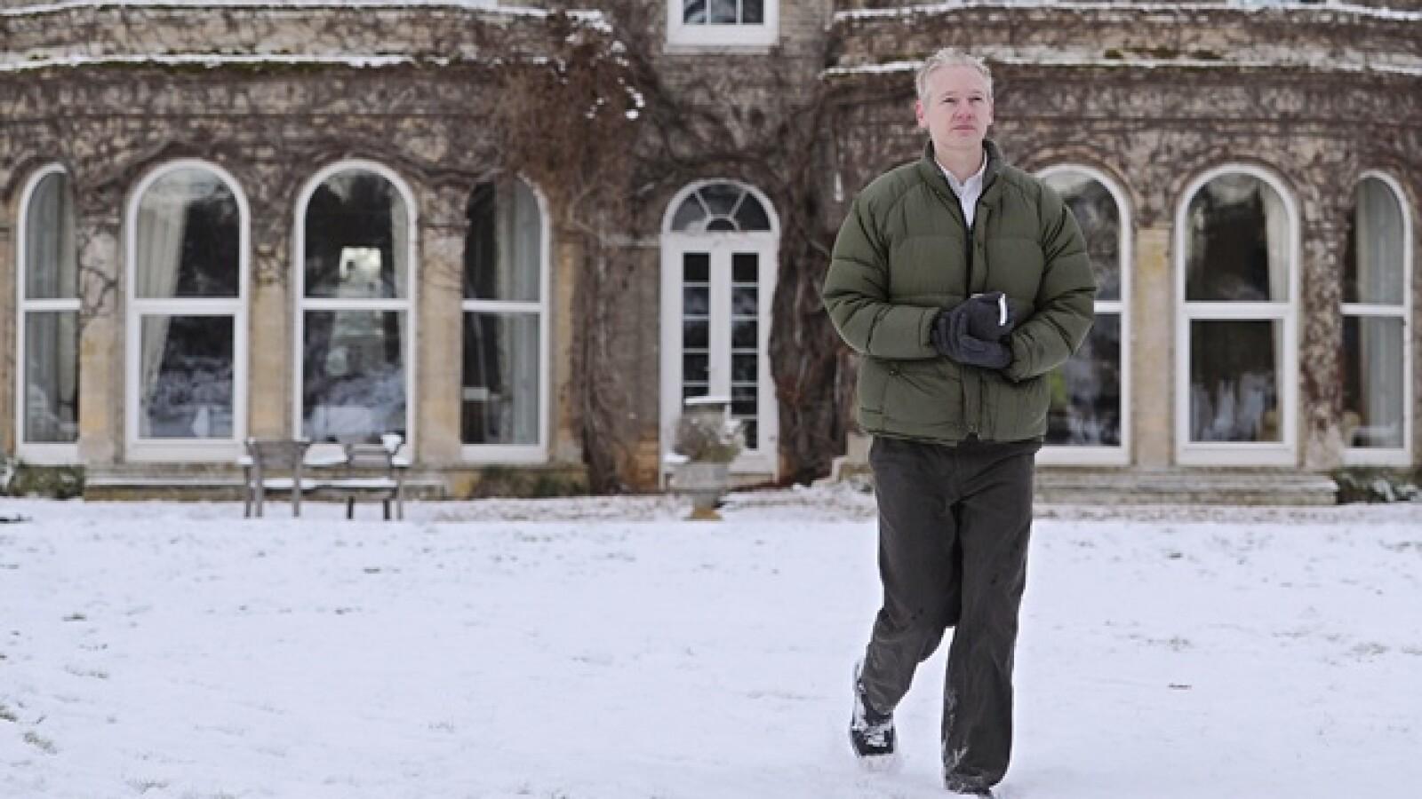 Assange - casa en Inglaterra