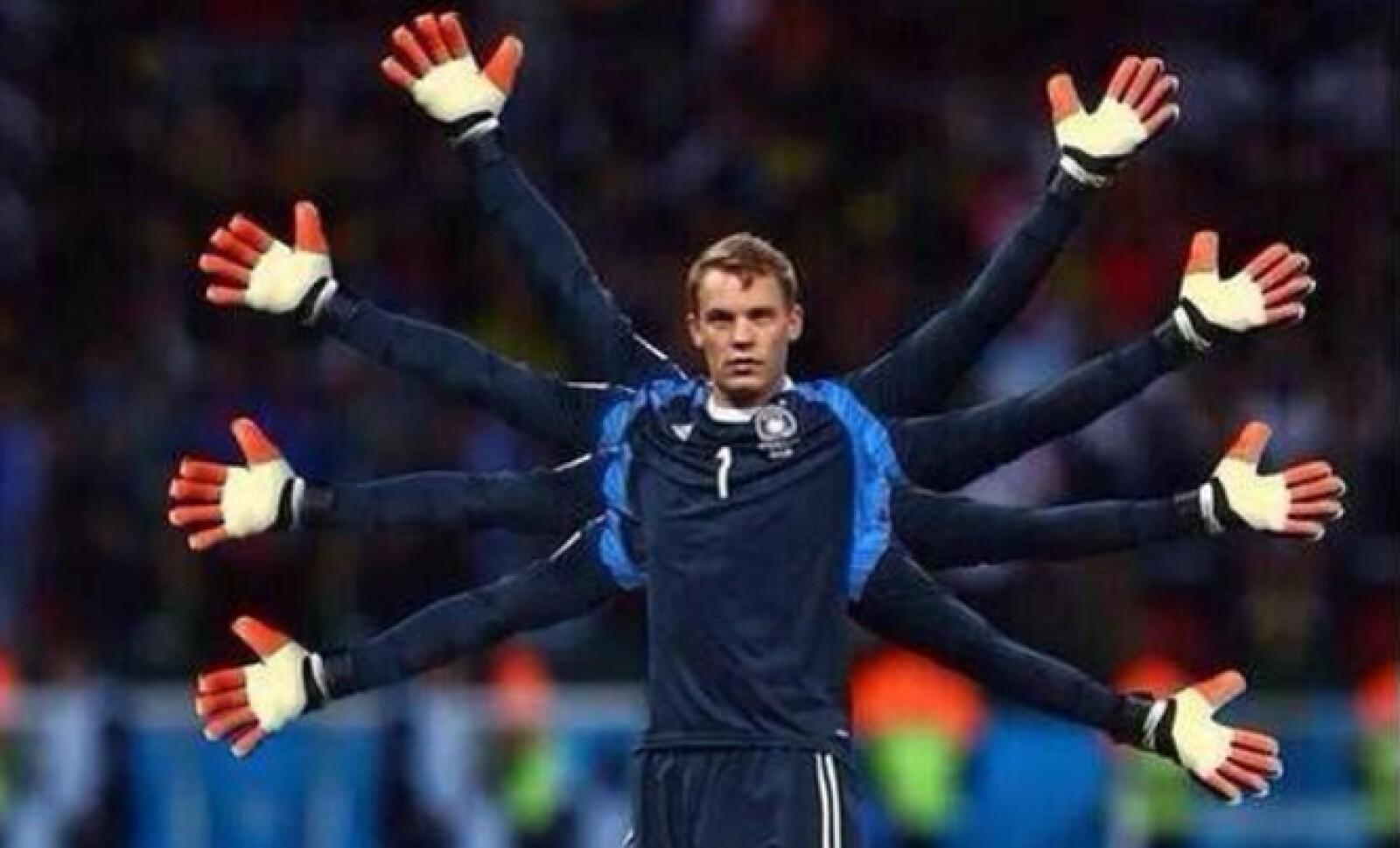 Manuel Neuer recibió el 'Guante de oro'