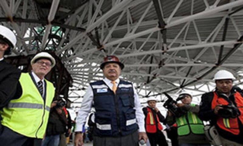 Empresas como Grupo Carso de Carlos Slim podrían beneficiarse de las próximas licitaciones que se anuncien. (Foto: Getty Images)