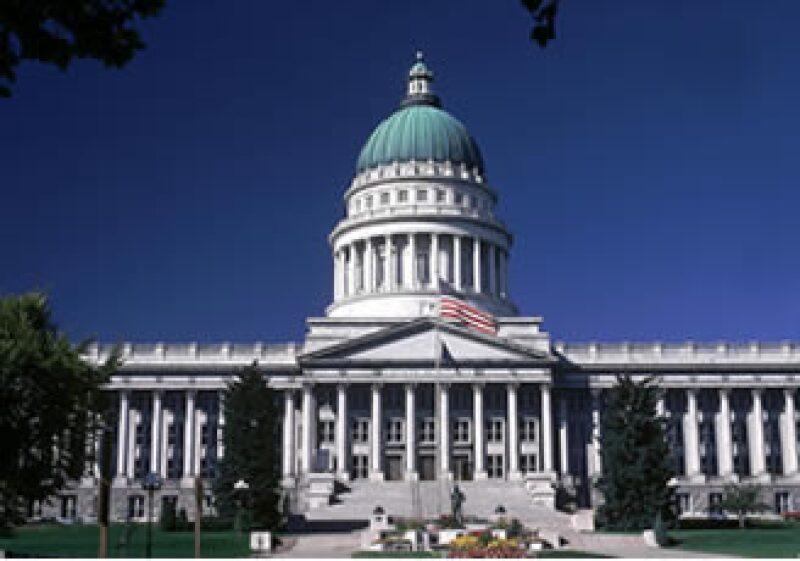 La propuesta del senado pide que los bancos se deshagan de sus mesas de derivados; el proyecto de la Cámara baja no lo contempla. (Foto: Photos to go)
