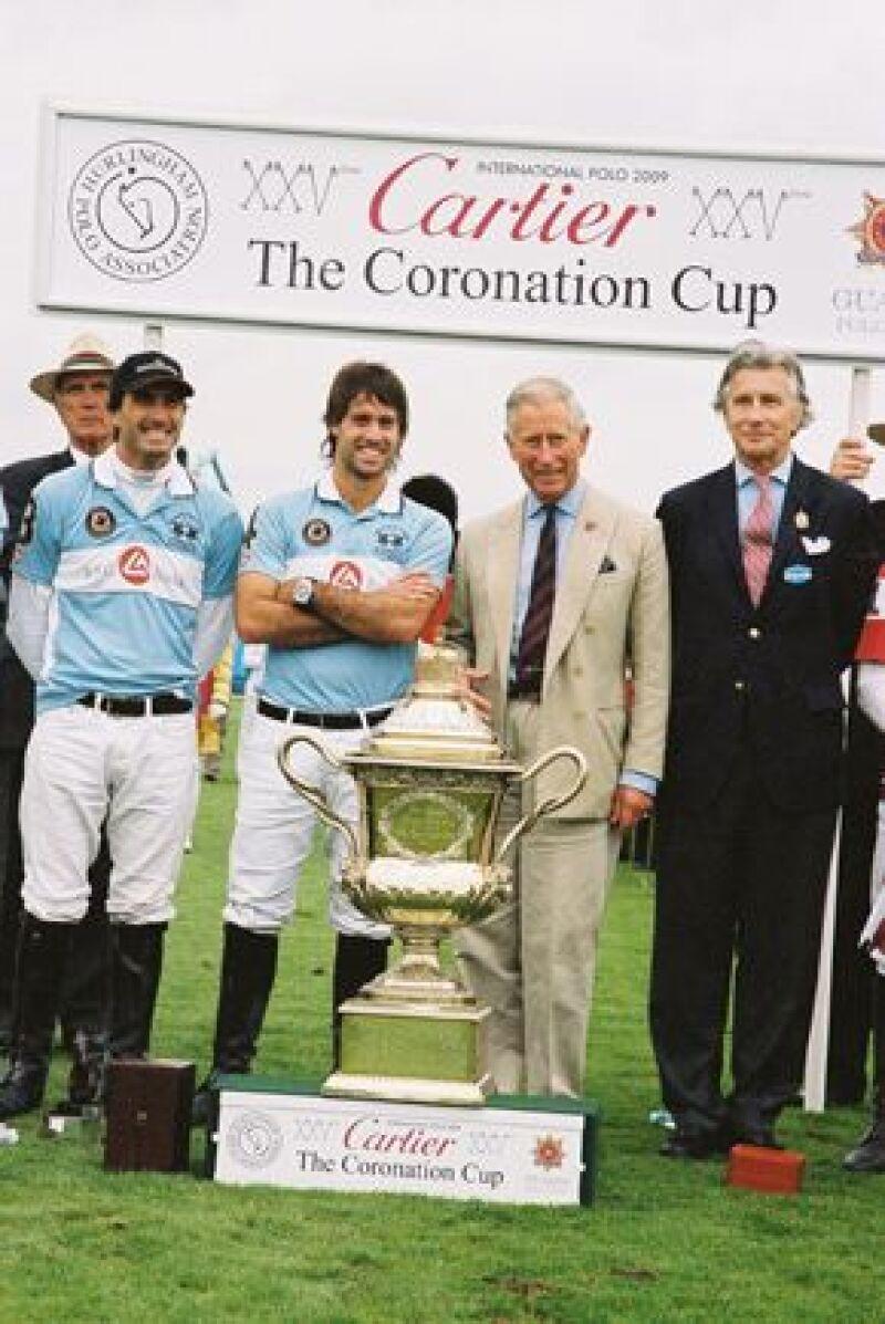 Este domingo se realizó el 25 aniversario del torneo anual en que el equipo inglés compite por este trofeo con otros equipos de polo del mundo.