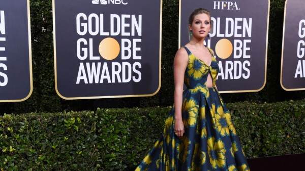 Taylor Swift en Etro para los Golden Globes 2020