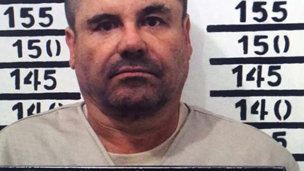 Aunque aún no se conoce la fecha límite para que la PGR lleve a cabo la extradición de el capo a EU, la SRE concedió la extradición y notificó a Guzmán Loera este viernes.