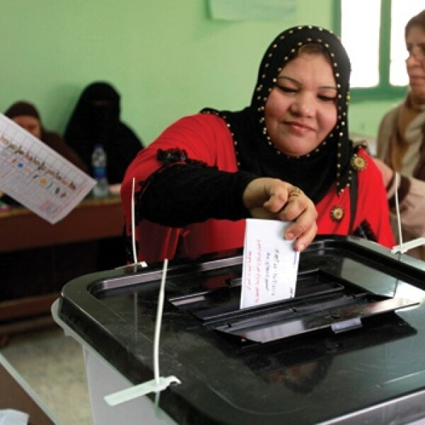 Egipcios votan en sus primeras elecciones libres