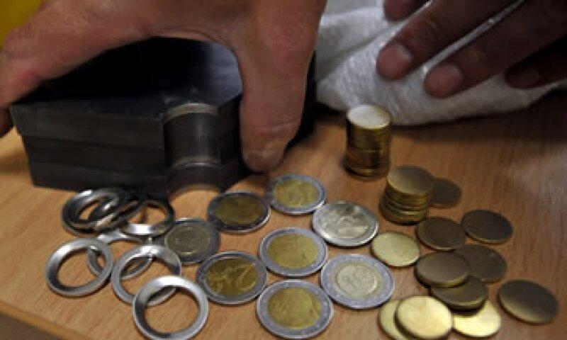 Además de las monedas, unos 531,000 billetes se retiraron de circulación el año pasado. (Foto: AP)