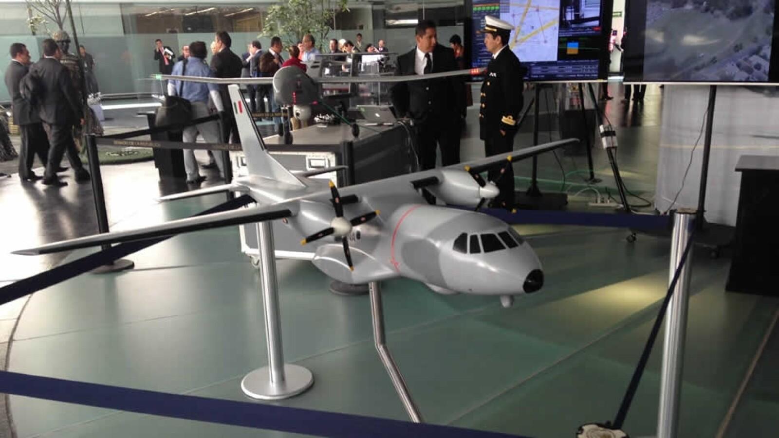 exposicion de drone de la marina