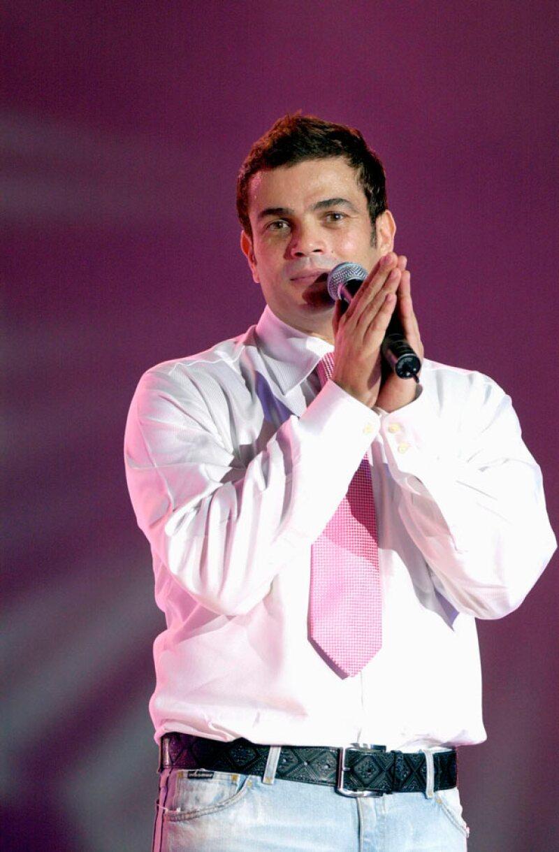 Amr, uno de los cantantes hombres más famosos en toda Arabia.