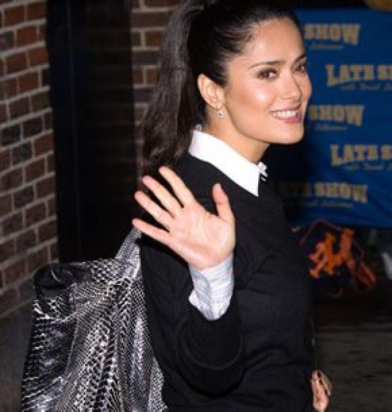 Existe la posibilidad de que la actriz participe en la nueva película de Simón Bross, lo que sí es un hecho es que se encargará de la producción de la misma junto a Robert Rodriguez.