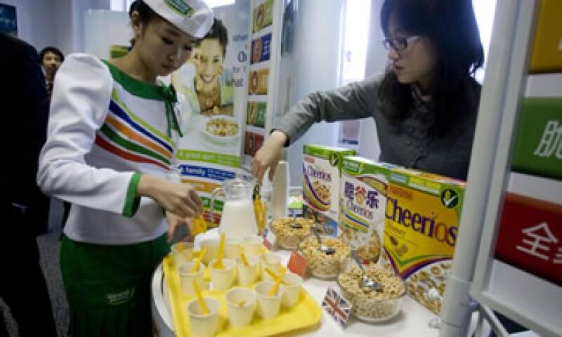 En abril, Nestlé dijo que adquiriría a la productora china de alimentos, Yinlu, en un esfuerzo por participar más el mercado asiático. (Foto: AP)