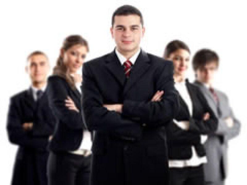 Conoce los 10 consejos para liderar tu empresa en tiempos de crisis. (Foto: Dreamstime)