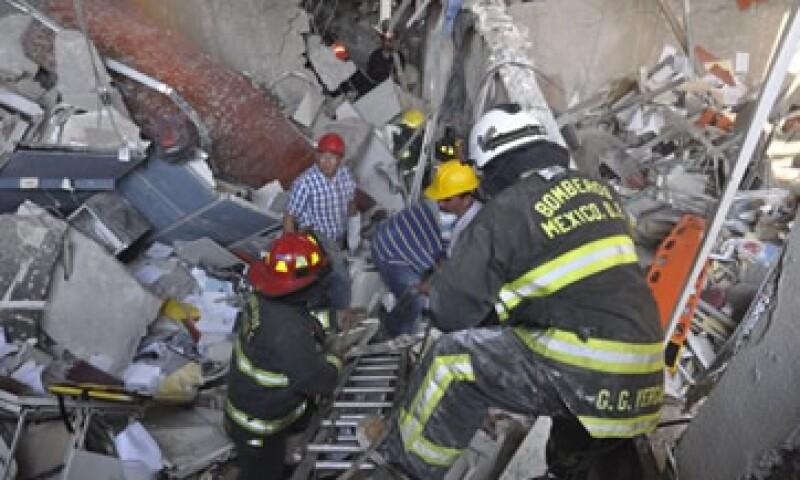 Pemex manifestó que varias personas resultaron lesionadas. (Foto: AP)