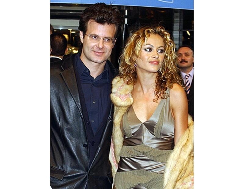 Ricardo dijo a una conocida revista del corazón que él le regaló a Pau la casa de Miamia, la cantante lo negó.