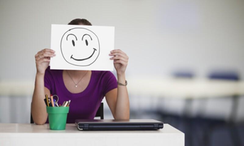 El futuro profesionista debe entender que trabajar duro no garantiza la satisfacción laboral.(Foto: Getty Images)