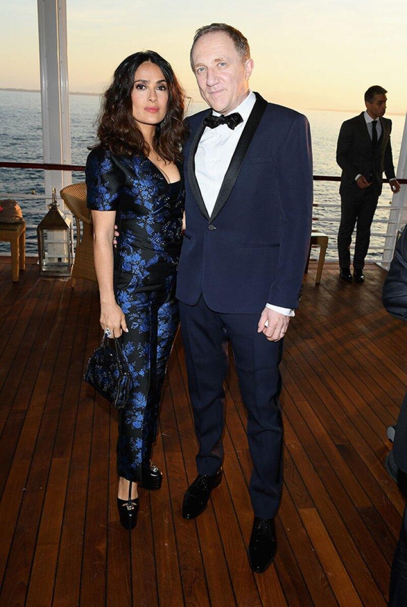 Salma y Pinaul en la fiesta de Vanity Fair y Chopard celebrada el sábado en el marco del festival de cine.