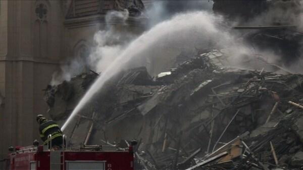 Incendio y colapso de un edificio en Brasil deja a 49 personas desaparecidas